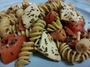 Avocado, Tomato & Basil Pasta with Turkey